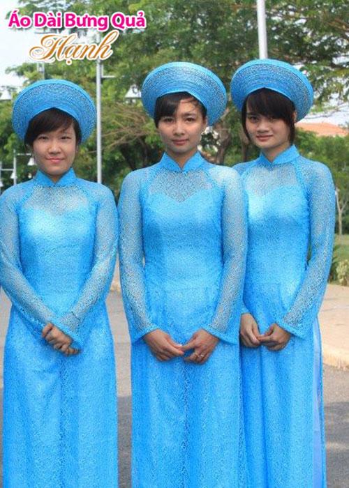 Áo dài xanh dương ren lưới cổ truyền thống tay dài cúp ngực