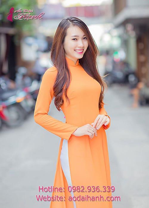 Áo dài cam chiffon trơn cổ truyền thống tay dài