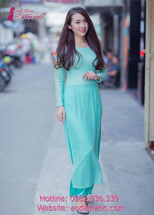 Áo dài xanh ngọc ren bi lỗ cổ thuyền tay dài lót ngực
