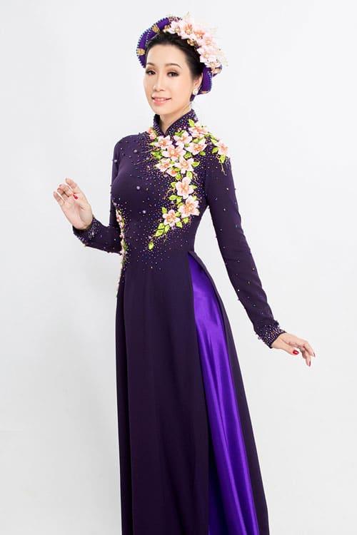 Những lưu ý khi chọn thuê áo dài cho mẹ cô dâu 04
